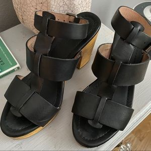 Madewell Shoes - GUC Madewell Black t strap wooden heels